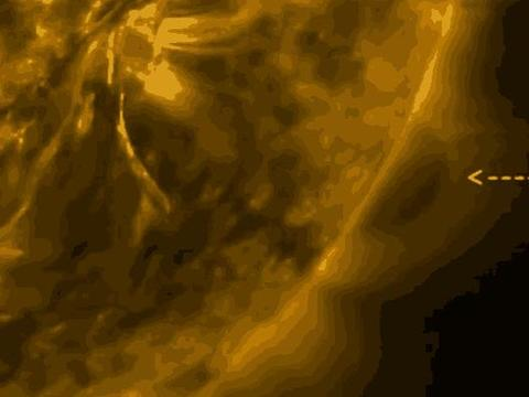 太阳表面出现不明飞行物,难道不怕被烤焦吗?