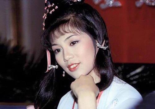 翁美玲逝世35周年,旧爱汤镇业颜值暴跌,为捧儿子太拼命