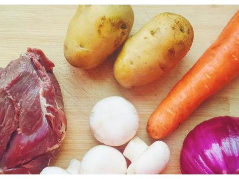 爱吃牛肉吗?大叔教你咖喱牛肉,香气扑鼻,超级下饭,家人爱吃!