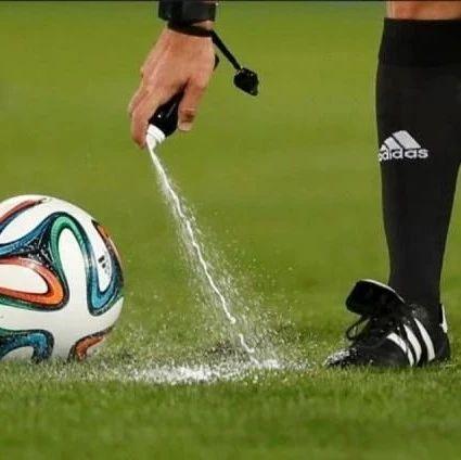 专题 | 裁判喷雾发明人向FIFA索赔1亿,还要将因凡蒂诺送入狱
