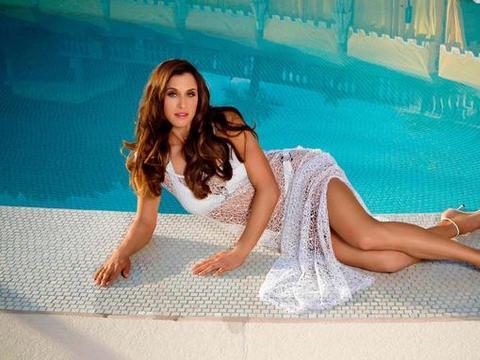俄罗斯高尔夫球第一美女,让全世界关注这项运动,她到底有多美?