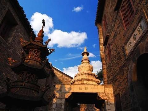 与江南古镇风格不同的西津渡,一眼千年