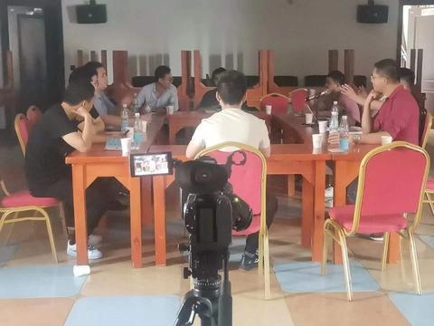 《青年诗人》诗刊郑州研讨会成功举行