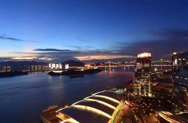 我国回头率最高的三座城市,风景秀丽美食众多,来过一次还想再来