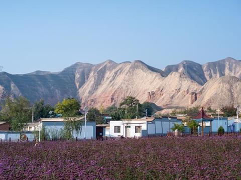 """甘肃白银最美的村庄,藏在大西北群山中的""""江南水乡"""",美景如画"""