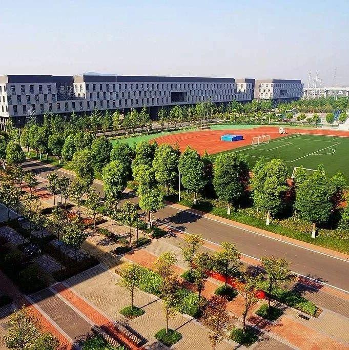 南京大学、东南大学修订综评简章,高考成绩占比75%!没有面试和体测,它很可能成为综评的方向!
