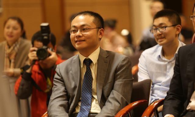 围棋世界冠军唐韦星感叹:爱情真是玄学 比围棋玄太多了