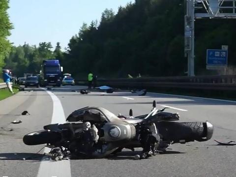 德国王子高速公路骑摩托,撞护栏身亡,系英国王位第1461位继承人