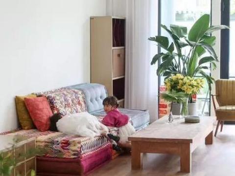 晒晒赵子琪现实中的家,厨房还装了一排衣柜,家里衣服那么多吗?