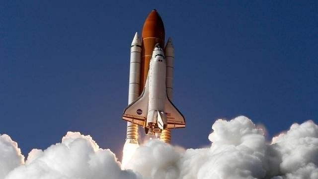 美国航天史上最严重的事故!7名宇航员惨死,竟是因为泡沫塑料