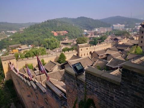 皇城相府总面积3.6万平方米,是个明清两代城堡式官宦住宅建筑群