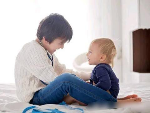 孩子睡觉前,父母一定要陪他做3件事,会让他一生受益