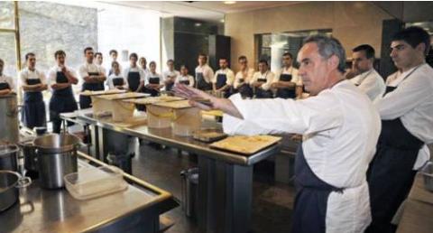 法国名厨自愿放弃3星殊荣,不料经营的餐厅再获米其林2星评级