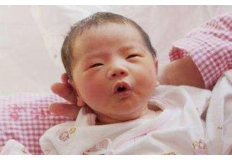 新生儿这3个部位越丑,长大后身体素质越好,妈妈们可别嫌弃哦