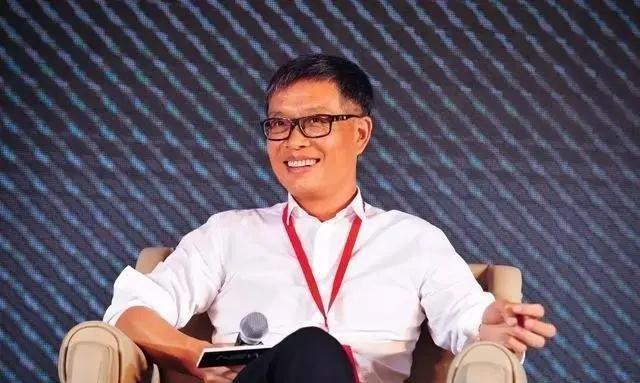 28年前万科没看上的编辑,如今身价100亿,掌管中国第一家电企业