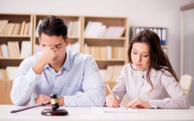 深圳离婚排号热议给的忠告:夫妻离婚前,你考虑过这3个人吗?