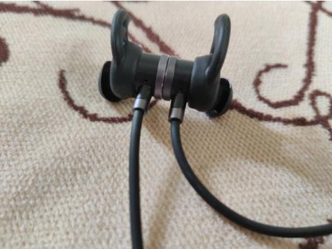 南卡S2蓝牙耳机评测:低延迟,吃鸡就是这么简单