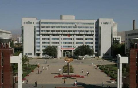 """高校录取分数同""""热度""""关系大,新疆大学和上海财经大学"""