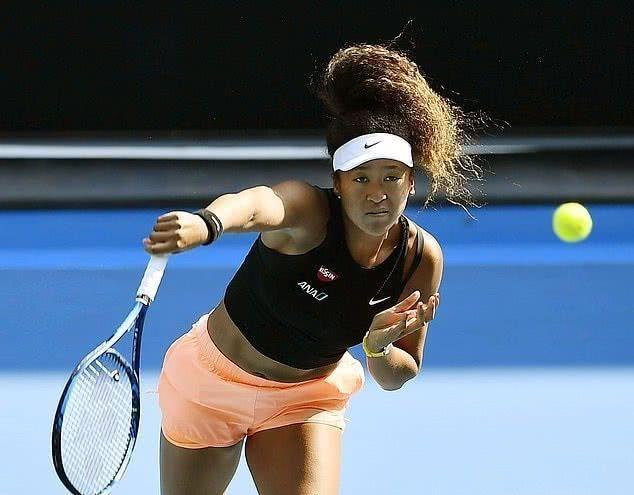 日本网球手大阪,2.7亿史上收入最高女运动员,赛场内外碾压小威
