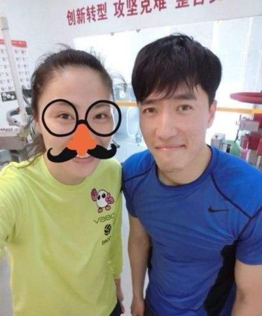 曾和刘翔传绯闻的排球女神近况如何?嫁给体能训练师