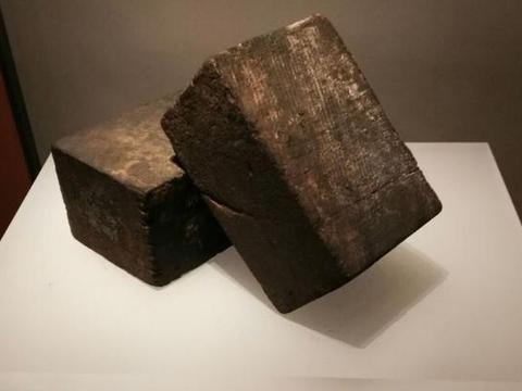 上海历史博物馆有两块木砖,来历不寻常,它们见证了哈同发财传奇