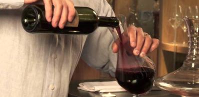 为什么喝红酒之前要先醒酒?难怪喝着口味怪