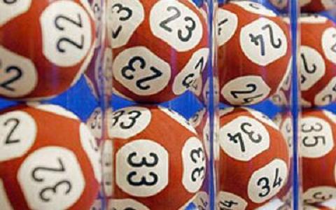 彩票业营收月跌13.7%,彩票丑闻是人们不买彩票的导火索吗?