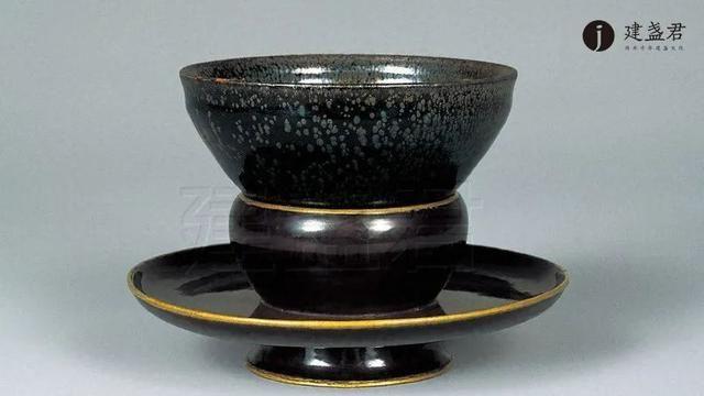 《清平乐》中帝后斗茶用的茶盏长这样?想输都难