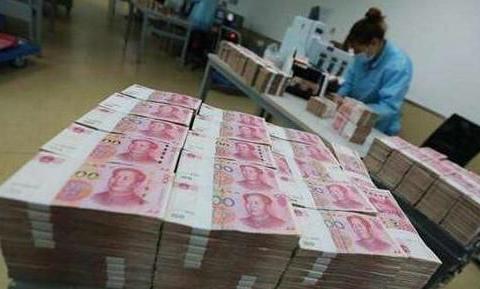 一个人去银行存款一亿,另一个人贷款一亿,行长会优先接待谁?