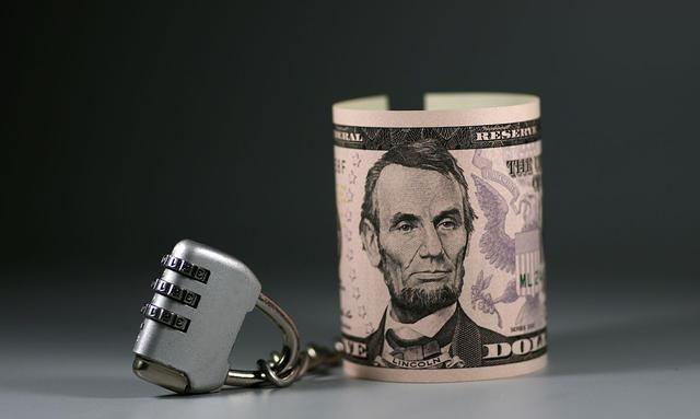 美国GDP和财政收入都是世界第一,为什么还要欠那么多债务?