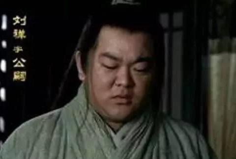 此人不死,蜀国必统一三国,诸葛亮却对刘备说:太厉害了