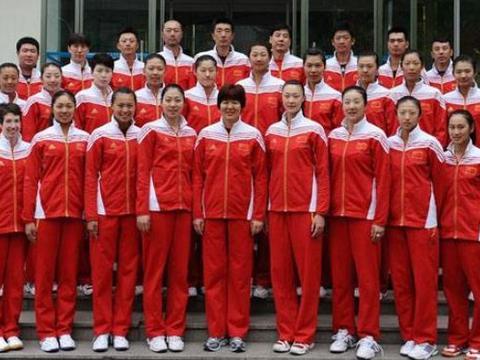 谁是中国女排颜值担当?惠若琪张常宁上榜,一人成最美球员