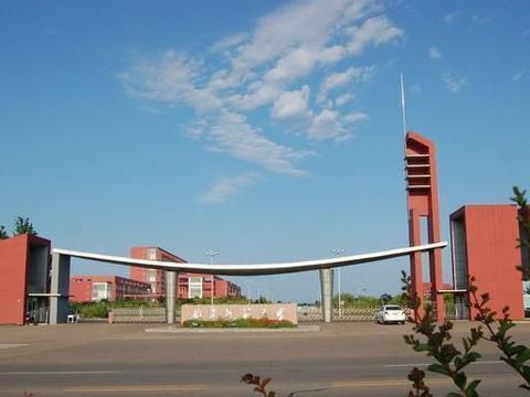 山东省内知名高校,青岛农业大学和曲阜师范大学