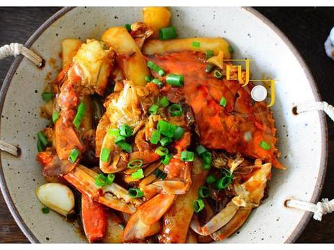 初夏没胃口,炒一盘梭子蟹炒年糕,鲜香美味,年糕的顶级吃法