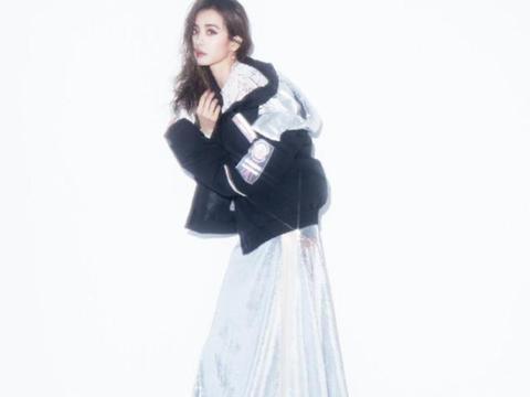 羽绒夹克配礼服也能混搭?蔡依林的时尚与众不同,冷艳霸气十足