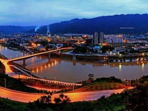 """云南第二个""""昆明市"""",不是大理和丽江,资源丰富交通非常方便"""