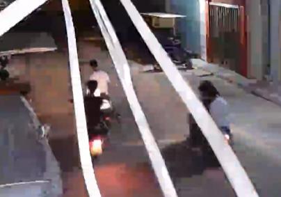 【可恶】凌晨3点,澄海冠山戏院附近惊现一个7人盗窃团伙!
