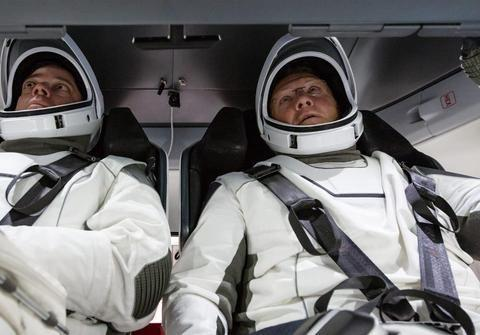 《连线》专访NASA唯一健在试飞员:驾驶飞船是一种享受!