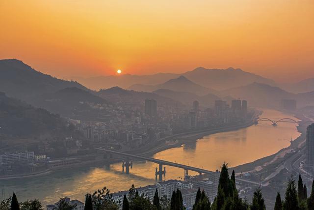 """浙江青田:中国""""房价最贵""""的县,华侨特别多,县城建得像欧洲"""