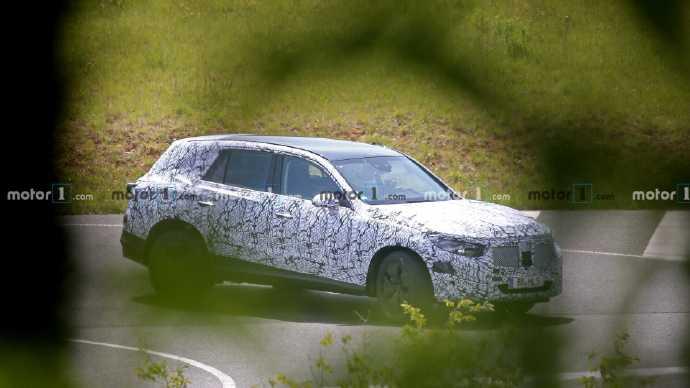 车身更长,有望推出7座版本,全新一代奔驰GLC谍照再曝光