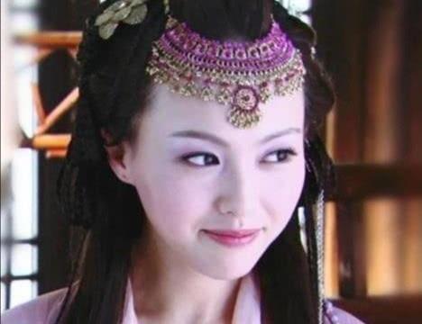 """原来钟欣潼才是""""紫萱""""的最佳人选,看到额头吊坠造型,我沦陷了"""