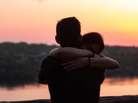 我国结婚率创近10年新低,你有没有想过,我们为什么结婚?