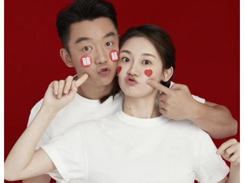 """郑恺和苗苗""""奉子成婚"""",更年轻的前女友程晓玥,输在没有先怀孕"""