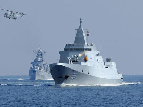 中国海军现役舰艇造价多少?052D大约50亿人民币,那055大驱呢?