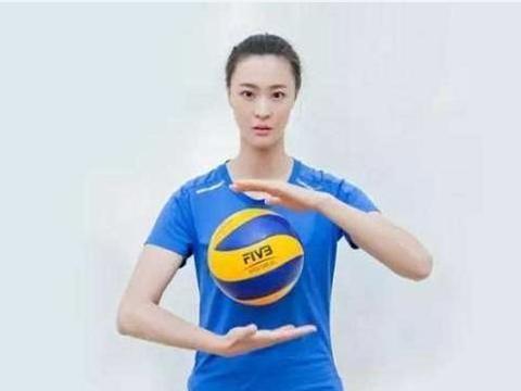 """排球女神惠若琪,老公虽""""矮"""",婚后生活幸福甜蜜"""