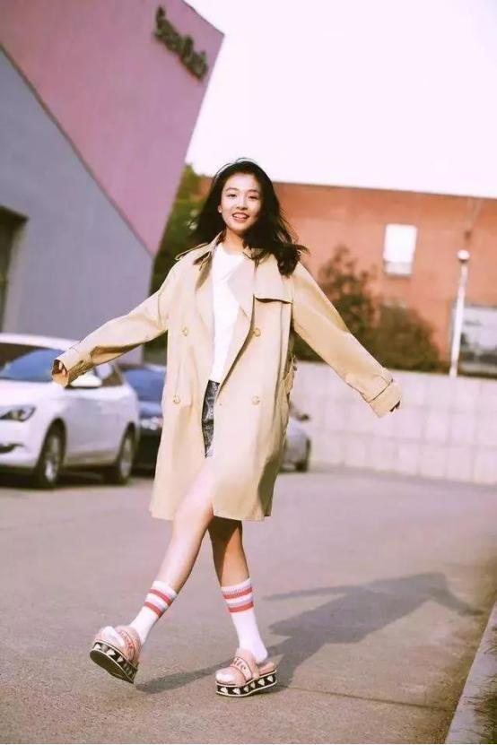 """""""棠主""""吴倩驾到!27岁的她还能演学生,看看穿搭就知道原因了"""
