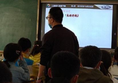 安徽毕业班教师因抑郁坠亡,老师,请保重身体!