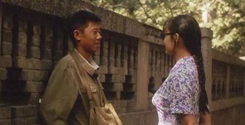 """这部25年前的电影,夏雨初登荧幕,讲出了难以启齿的""""青春期"""""""