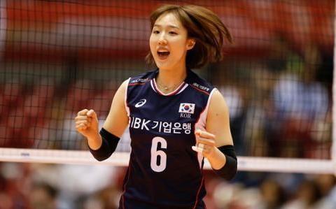 韩国女神嫁人!曾是金软景最佳帮手,丈夫是篮球运动员