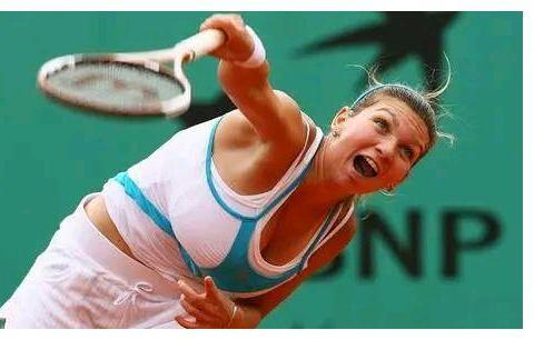 被誉为网球天后的哈普勒,为什么要做缩胸手术?